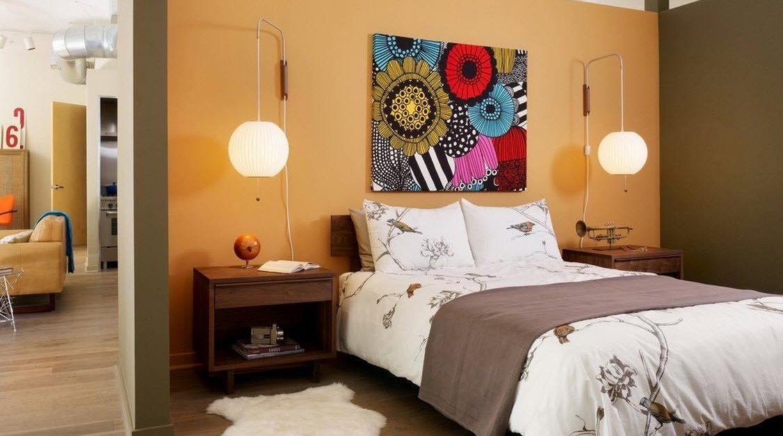 Как украсить спальню разного типа?