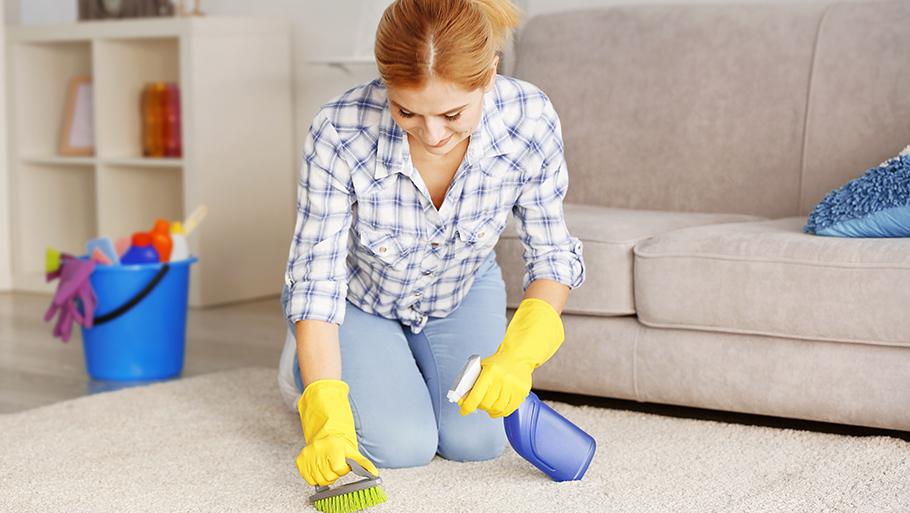 Как чистить ковры?